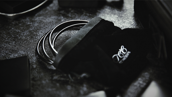 Linking Rings Schwarz Black by TCC