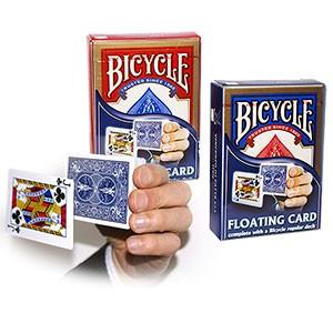 Schwebende Karte - Floating card - With a regular Bicycle deck